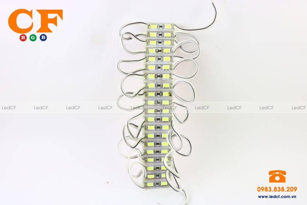 Sử dụng LED hắt làm biển chữ nổi Mica